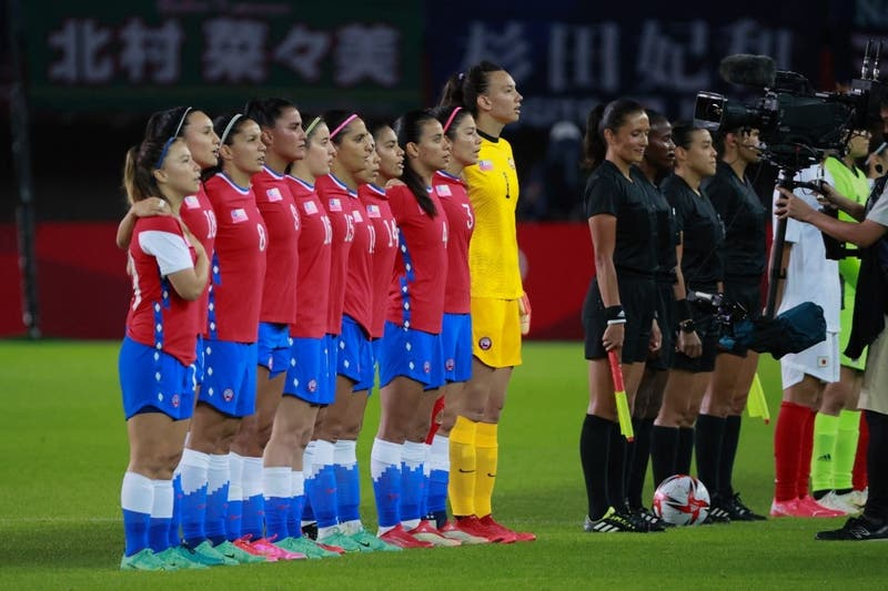 """""""Hace no mucho el fútbol no era para mujeres y acá estamos"""": La arenga de La Roja tras adiós a Tokio"""