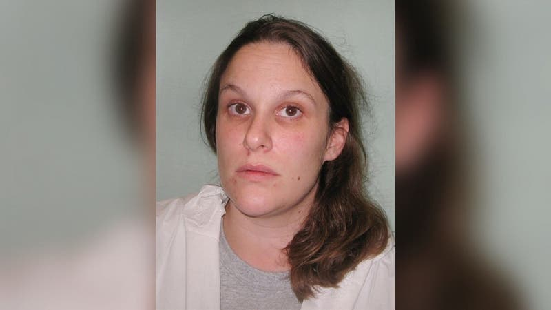 """Mujer asesina a su vecino pedófilo que atacó a su hijo: """"Hice lo que haría cualquier madre haría"""""""