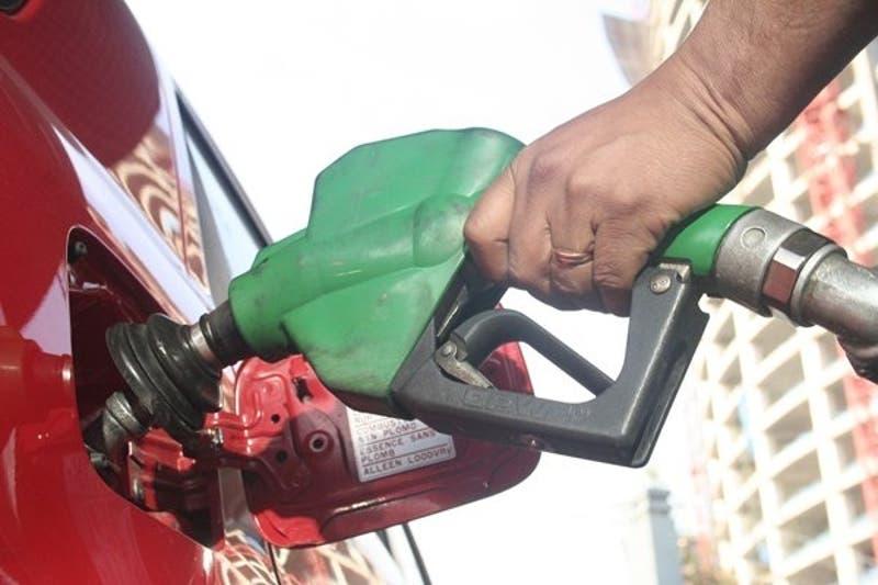 Gobierno se abre a modificar parámetros del Mepco para contener el alza de los combustibles