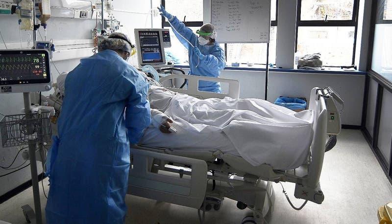 Chile reporta 828 nuevos casos de COVID-19 este miércoles: positividad en la RM es de 2%