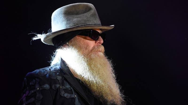 Dusty Hill, legendario bajista de ZZ Top, muere a los 72 años