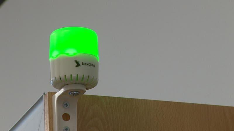 Monitores de CO2 alertan cuando ventilar un ambiente cerrado