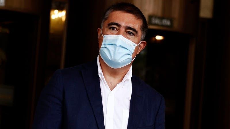 """Mario Desbordes: """"He tratado de convencer a los diputados de RN que el cuarto retiro no es adecuado"""""""
