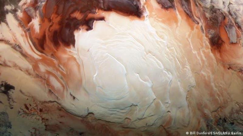 """Ofrecen nueva explicación para los """"lagos"""" subterráneos de Marte, y no es agua"""
