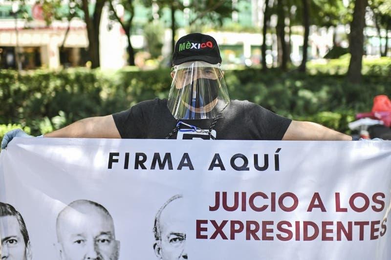 México realiza referéndum para decidir si realiza juicio por corrupción contra cinco ex presidentes