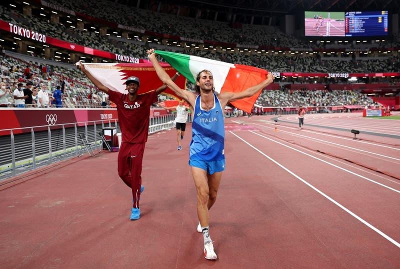 Amistad olímpica: Medallistas renuncian al desempate y comparten el oro en salto de altura