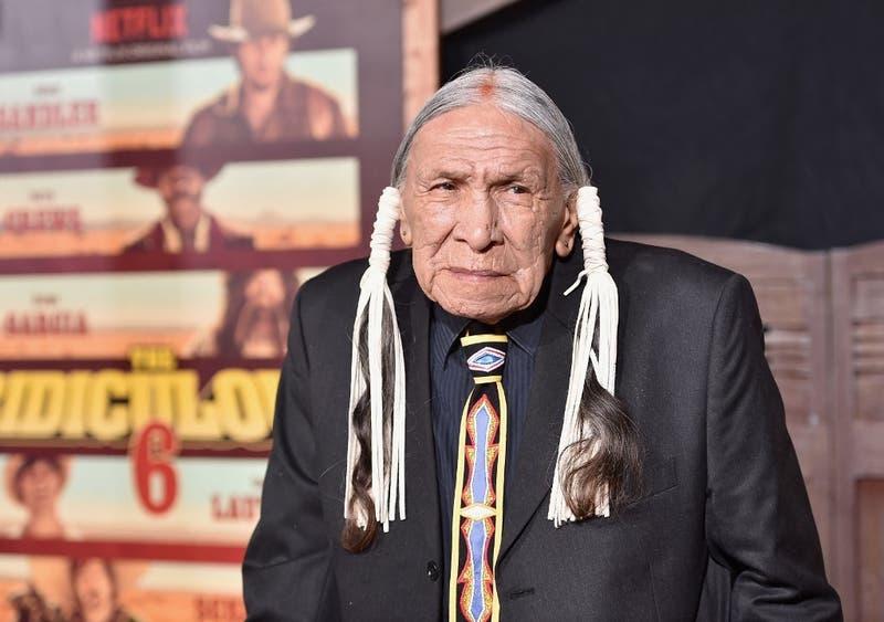 """Muere actor de """"Breaking Bad"""" y """"El Llanero Solitario"""" a los 85 años"""
