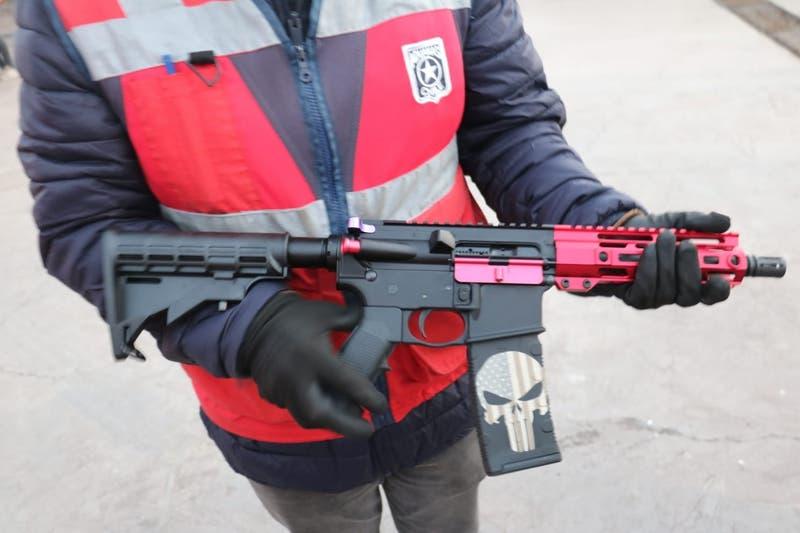[VIDEO] Inédito tráfico de armas: Detectan piezas para 30 fusiles