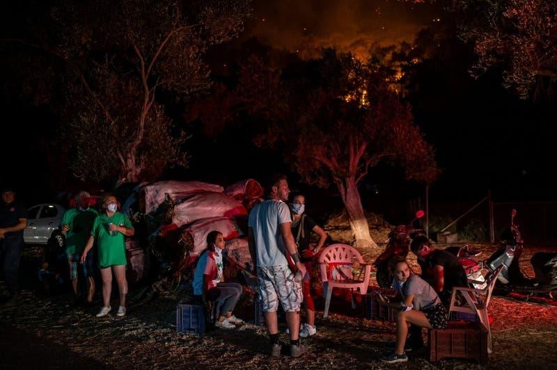 Las crudas imágenes del incendio forestal que afecta a Turquía