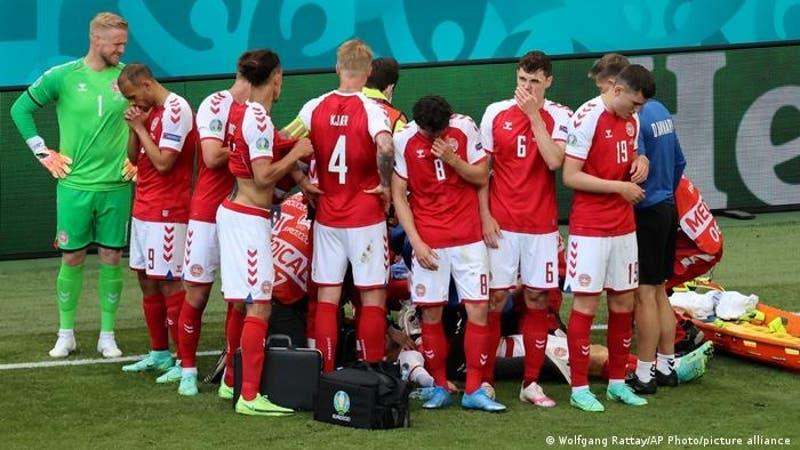 Tras su colapso en la Eurocopa, el danés Christian Eriksen evoluciona satisfactoriamente