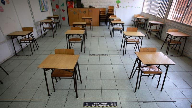 Mineduc confirma que 39 mil estudiantes desertaron del sistema escolar en 2020