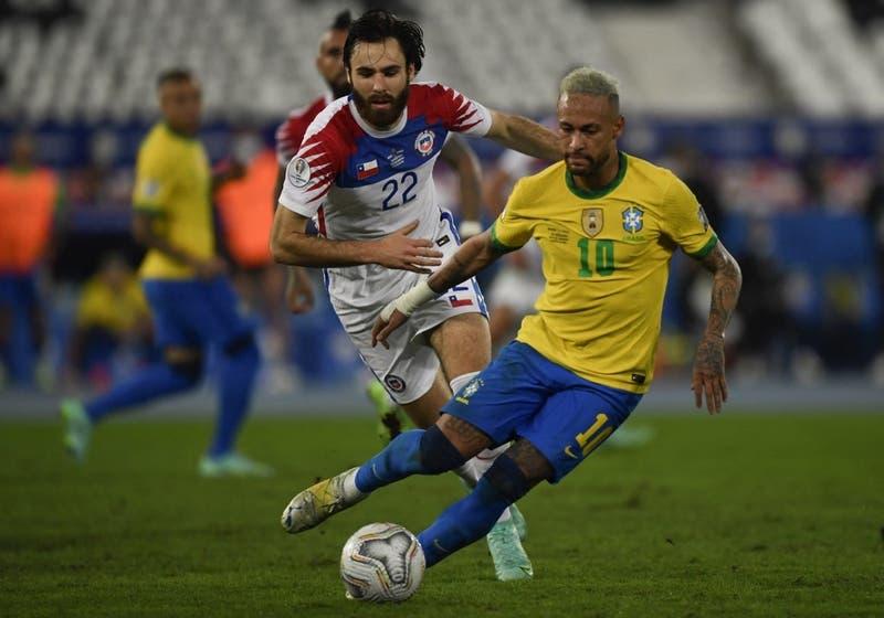 Los tres estadios que evalúa la ANFP para que Chile reciba a Brasil y cuál corre con ventaja