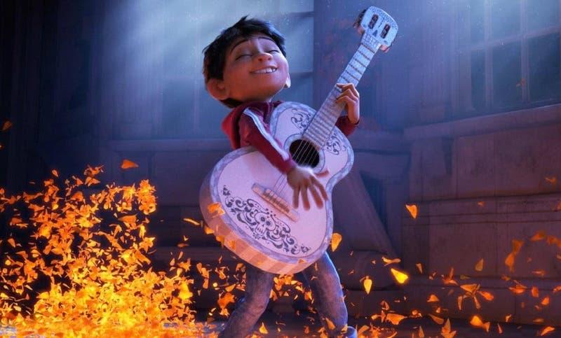"""""""Grandes eventos"""" de Canal 13 exhibirá """"Coco"""", la aclamada película de Disney Pixar"""