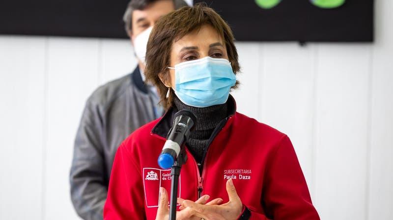 """Minsal ante petición de OMS de aplazar dosis de refuerzo: """"Hemos donado vacunas a otros países"""""""