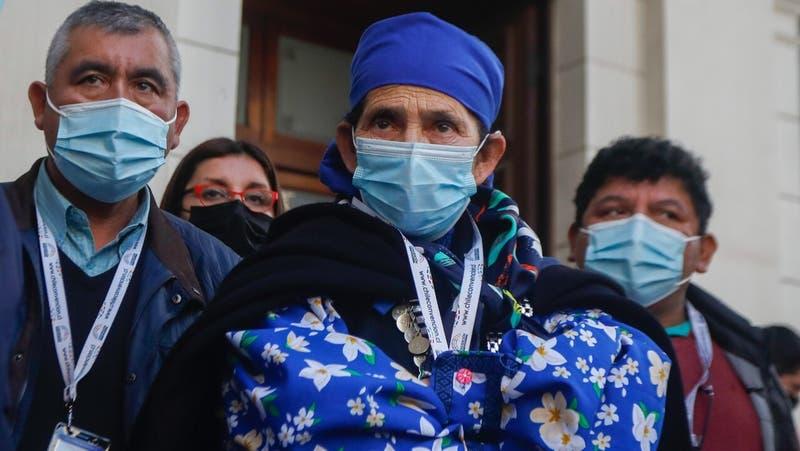 """Machi Francisca Linconao acusa ataques constantes en la CC: """"Me dicen que estuve presa"""""""