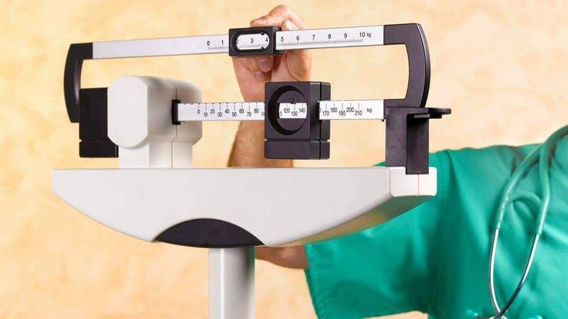 Cámara llama al Gobierno a que reconozca a la obesidad como enfermedad crónica