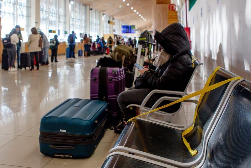 Sabat pide que niños puedan viajar al extranjero