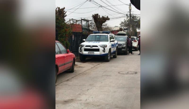 PDI investiga homicidio en Maipú: Mujer habría asesinado a su esposo en defensa propia
