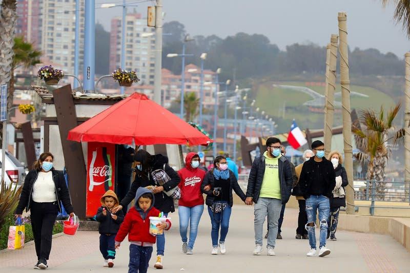 Coronavirus en Chile: 868 nuevos contagios y 65 muertes en las últimas 24 horas