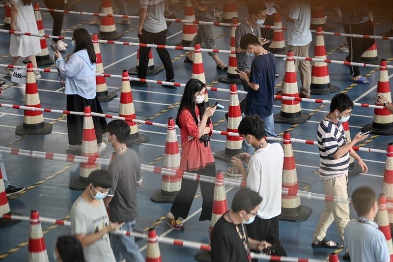 Termina operación masiva de detección de COVID-19 en ciudad china de Wuhan