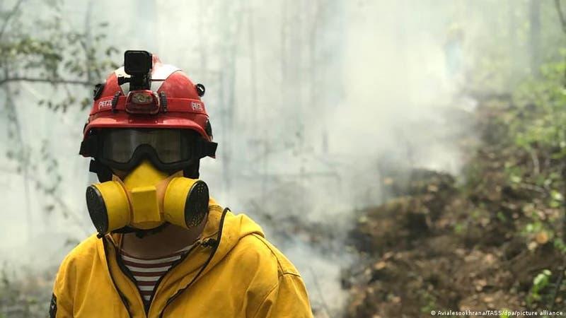 Incendios forestales que asolan Rusia amenazan centro de investigación nuclearDe