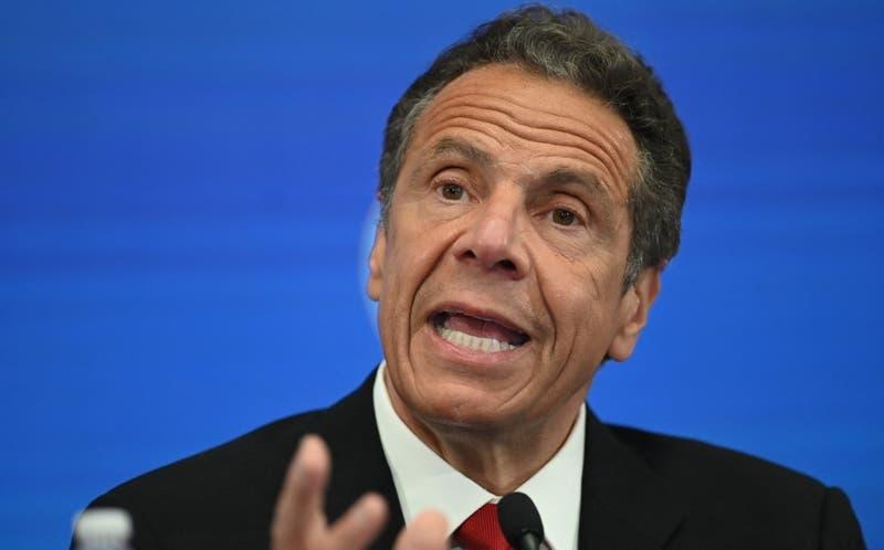 Renuncia principal asesora de gobernador de Nueva York, acusado de acoso sexual