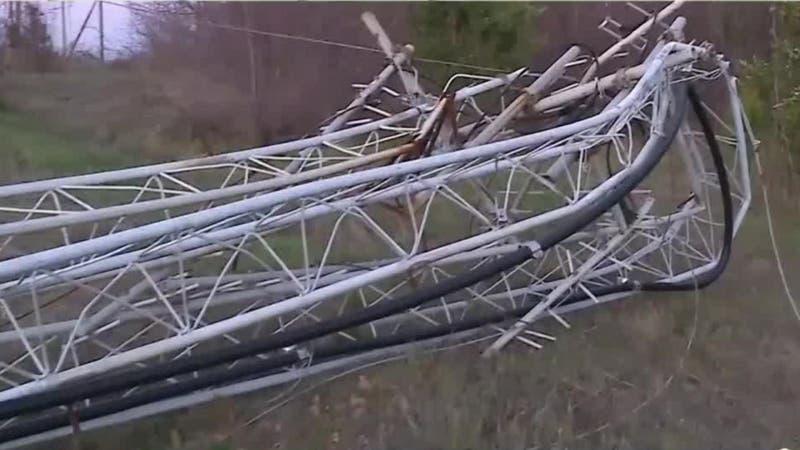 [VIDEO] Nuevo ataque en la Araucanía: Derriban dos antenas de telecomunicaciones en Angol