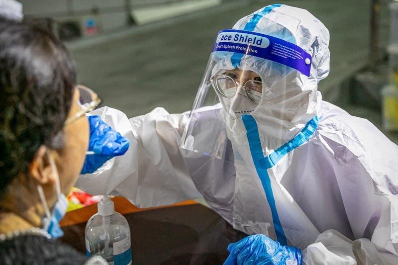 Aumentan los casos de coronavirus en China a un máximo en siete meses