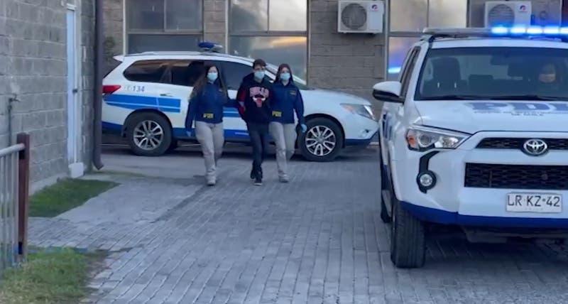 Los hechos se registraron el viernes 6 de agosto en Santiago y, según detallaron desde la PDI, existían antecedentes previos de amenazas, lesiones y agresiones sexuales de parte del sujeto.