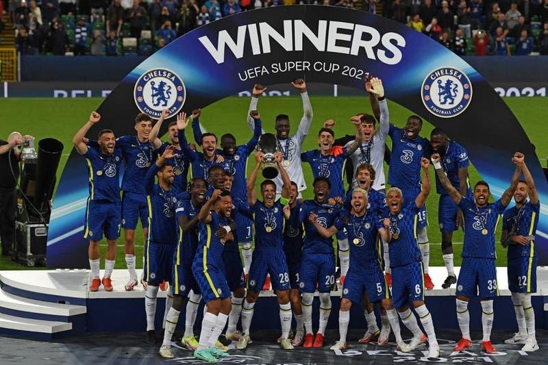 Chelsea derrota a Villarreal en penales y se corona campeón de la Supercopa de Europa