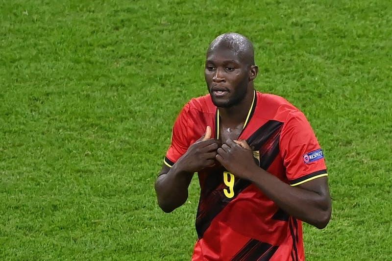 El delantero belga Romelu Lukaku regresa al Chelsea por cinco temporadas