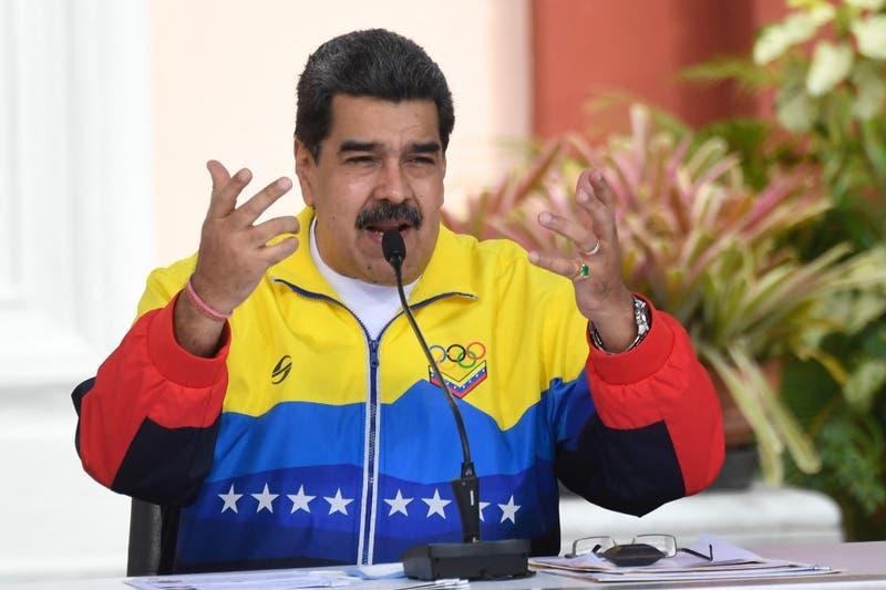 Gobierno y oposición de Venezuela firman acuerdo para inicio de diálogo
