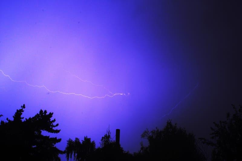 Anuncian probable tormenta eléctrica entre Regiones de La Araucanía y Los Lagos