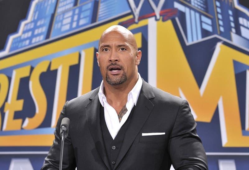 """""""La Roca"""" responde al desafío de ex campeón WWE y medallista olímpico, Kurt Angle"""