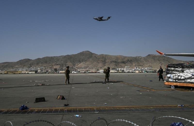 Confirman que avión militar afgano se estrelló en Uzbekistán
