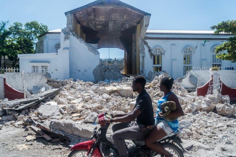 Tormenta Grace se acerca a Haití sólo días después de devastador terremoto