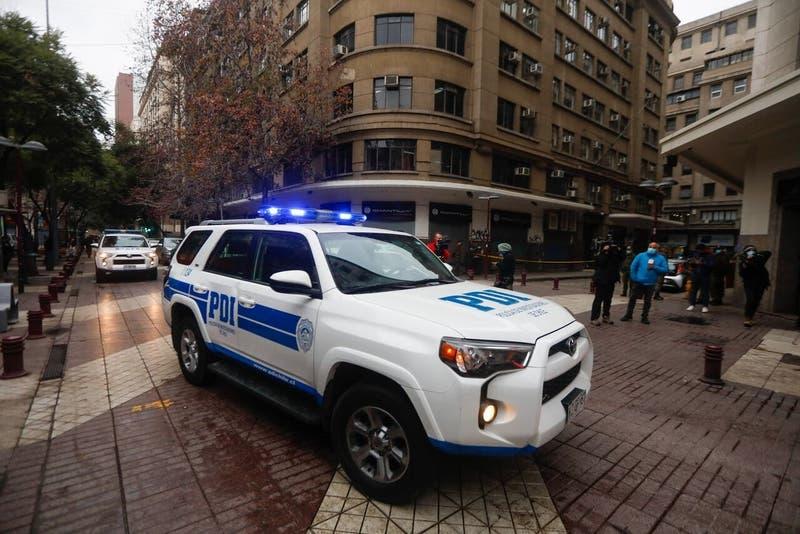 """Prisión preventiva para hombre que atacó con un hacha y cercenó una mano a cliente en """"mall chino"""""""