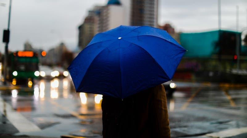 Sistema frontal: ¿Cuándo empieza a llover en la Región Metropolitana?