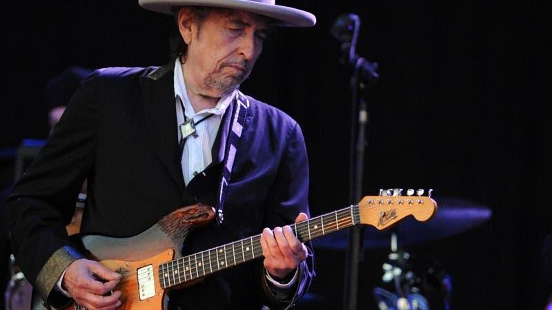 Bob Dylan niega haber abusado sexualmente de una menor en 1965