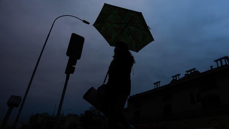 Reportan corte de luz en diversas comunas de la región Metropolitana