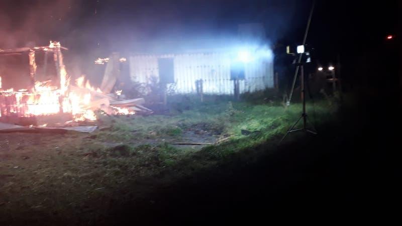 Dos personas mueren tras ataque incendiario en Tirúa
