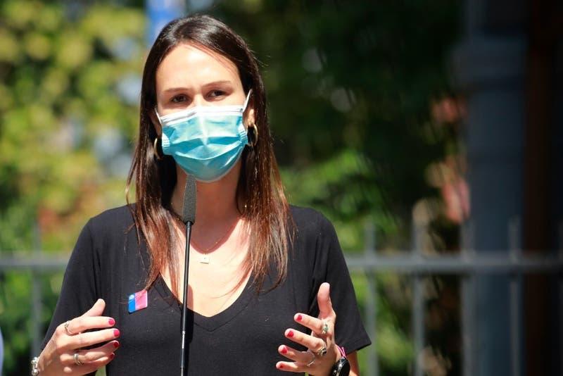 Paula Labra dejará la Seremi de Salud Metropolitana para postular al Congreso