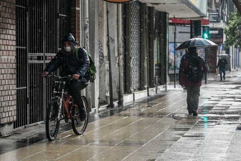 Emiten alerta meteorológica por vientos moderados a fuertes desde Ñuble a Los Ríos para este sábado