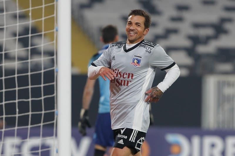 Volante de Colo Colo Gabriel Costa integra nómina de la Selección Peruana para las Clasificatorias