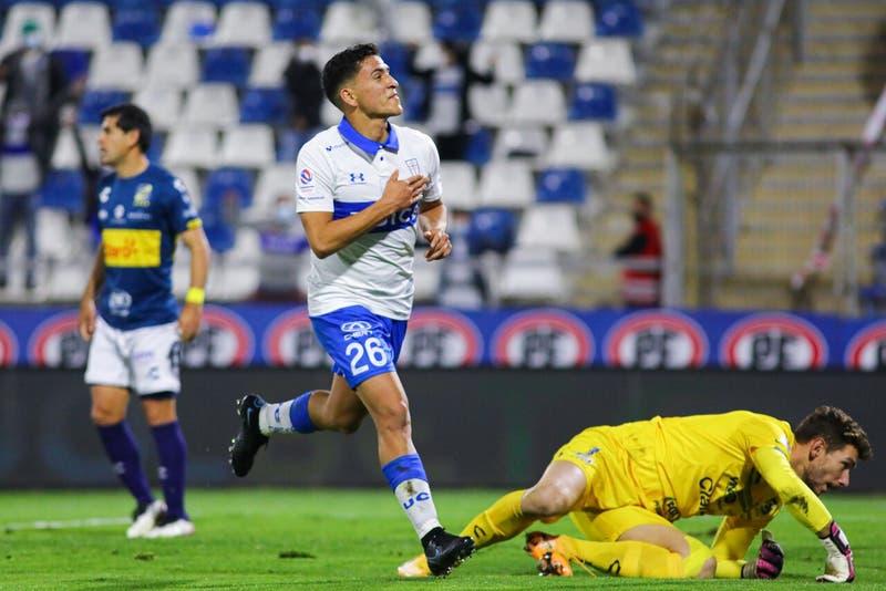 Universidad Católica vence a Everton y no pierde pisada a los punteros