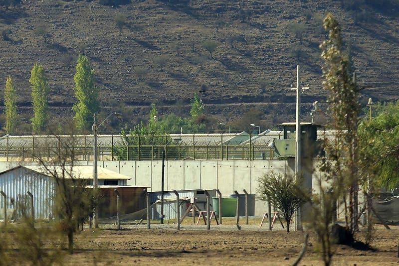 Brote de COVID-19 en Punta Peuco: 26 internos están contagiados