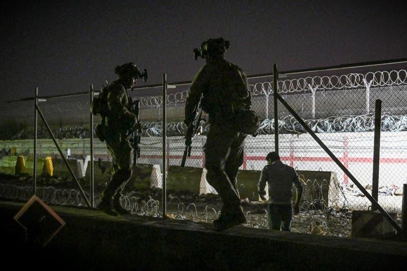 """AEE.UU califica de """"error"""" ataque que realizó en Kabul y que mató a diez civiles"""