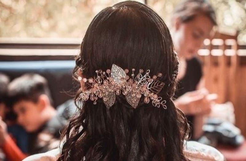 #CómoLoHizo: Tocados para novias personalizados y con detalles hechos a mano