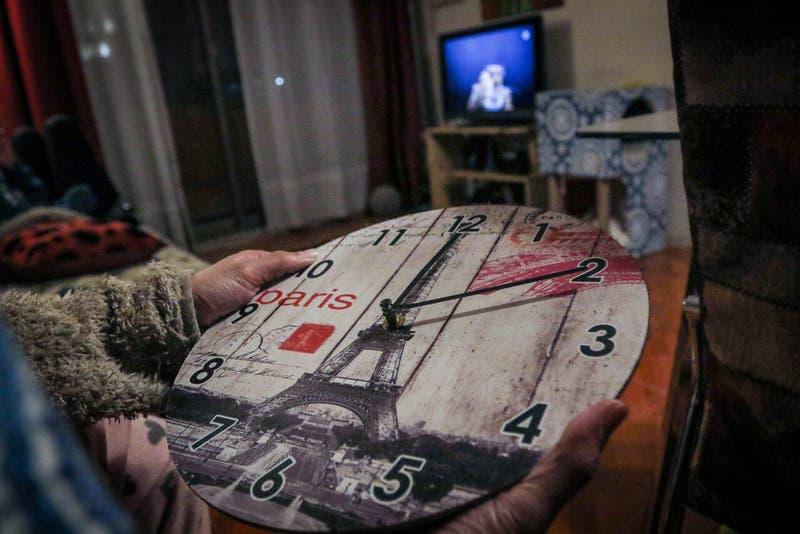 Cambio de hora: Qué huso horario corresponde a Chile según la temporada