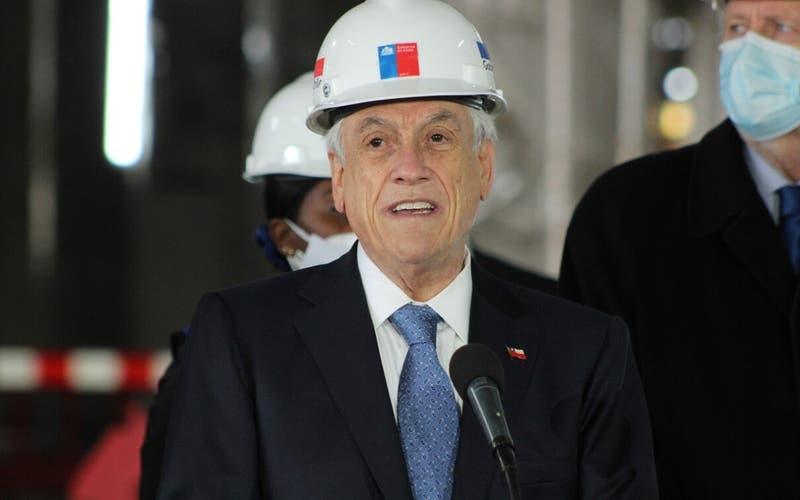 """Piñera llama a candidatos """"a pensar en Chile y poner a los chilenos por delante durante la campaña"""""""
